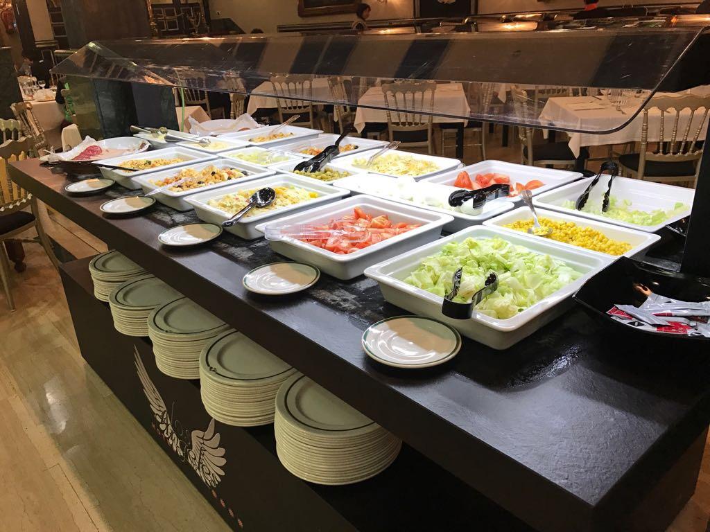L'Hôtel Los Angeles à Grenade Comprend Des Buffets De Nouveaux équipements