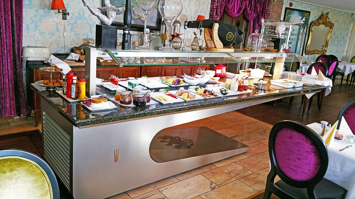 Kings Buffets SERIE DESIGN Buffets Station Customized Buffets - King's table restaurant